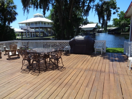 3/2 with 220' of  %180 deep waterfront. SOLD
